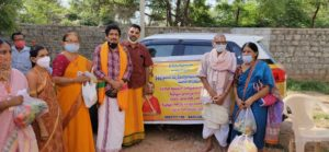 Distributing privisions to 450 brahmin families 3